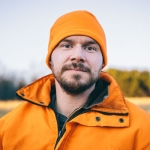 Travis Dewitz Deer Hunting Portrait(pp w150 h150) Photograph
